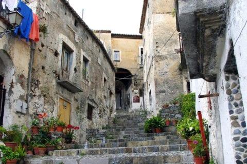 propiedades en italia por 1 euro